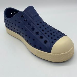 Native Jefferson Shoes in Navy & Off White - Sz 12